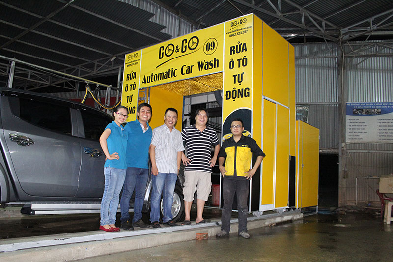 may-rua-xe-he-thong-rua-o-to-tu-dong-001