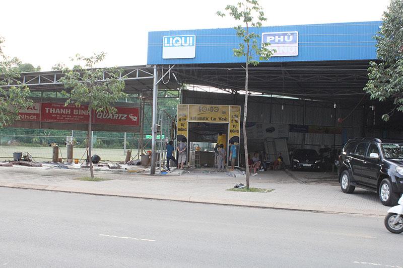 may-rua-xe-he-thong-rua-oto-tu-dong-002